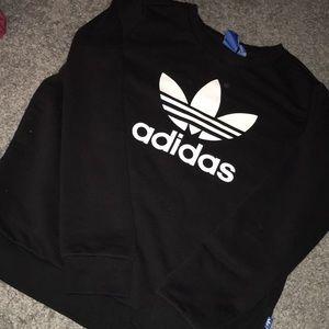 Adidas Crewneck Sweater ✨